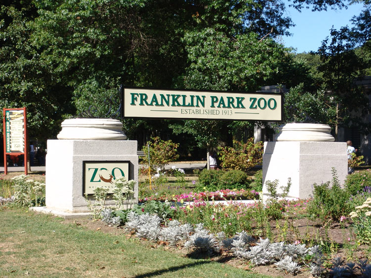 Boston franklin park zoo